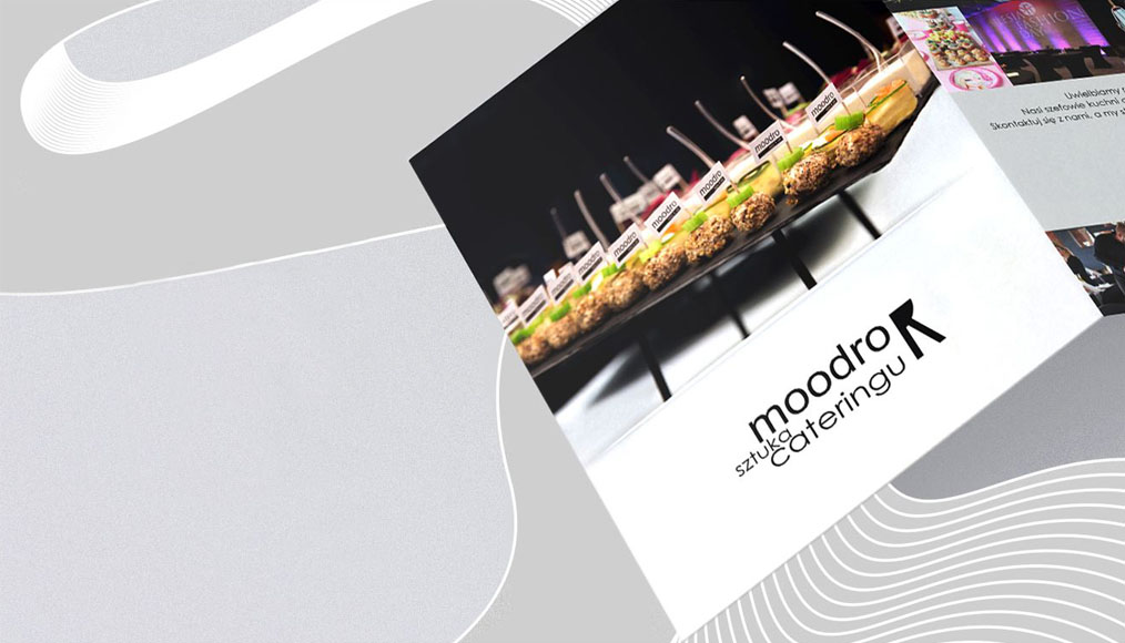 Folder cover with the Moodro restaurant catering offer